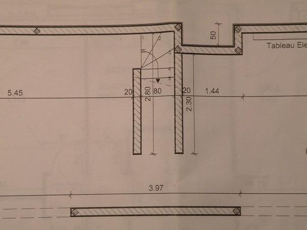 Construction local de stockage à bon rapport qualité/prix/solidité Dscn8518
