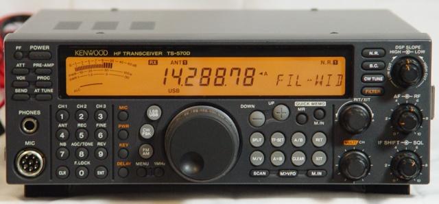 Kenwood TS-570D Ut79lr10