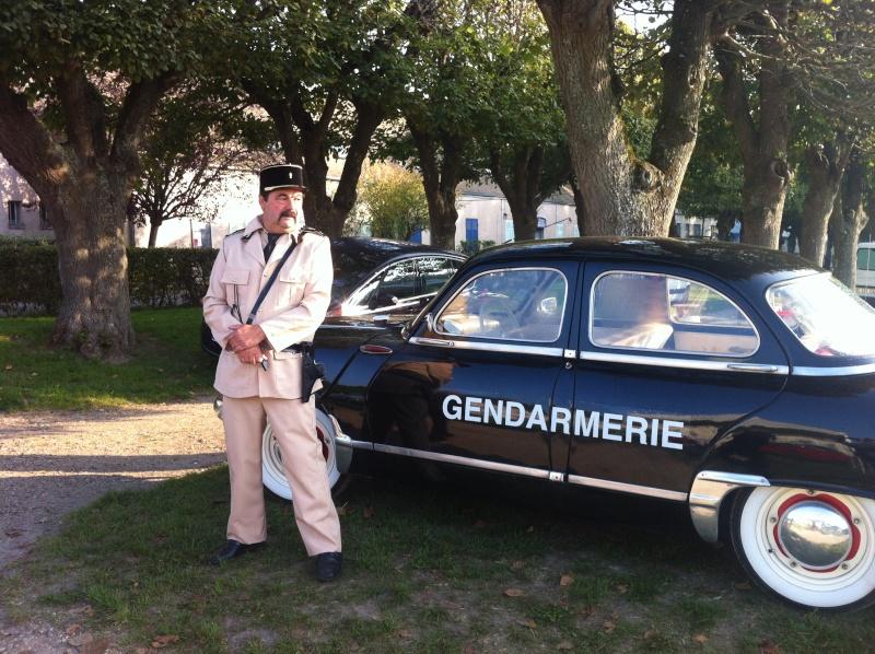 8e Festival de voitures anciennes à Dourdan, le 4 octobre 2015 Img_0940