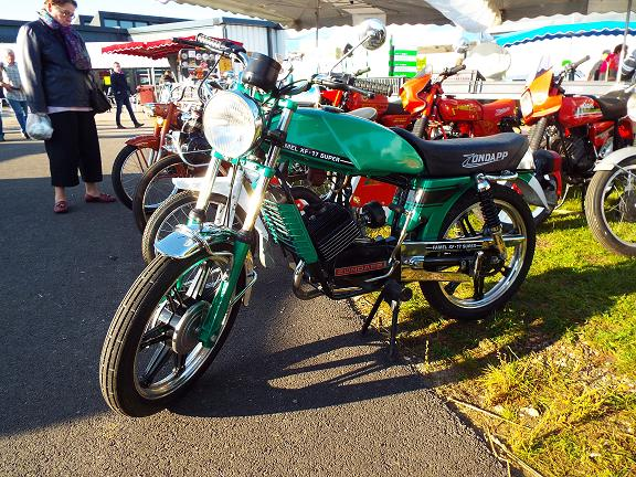 Auto Moto Retro de Rouen Dscf0610