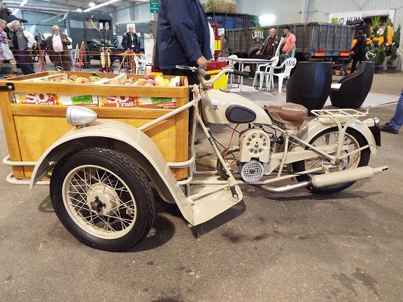 Auto Moto Retro de Rouen Dscf0628