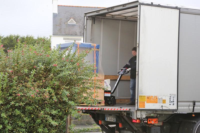 Cherche transporteur pour CNC... - Page 5 06_oct13