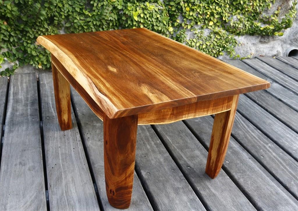 Une petite table basse en tamarin Msijfh10