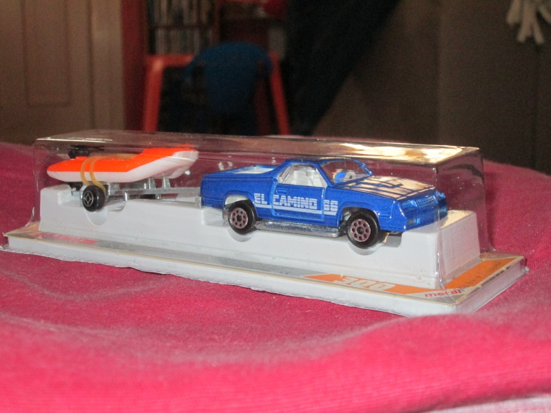 N°343 Chevrolet El Camino + pneumatique 00210