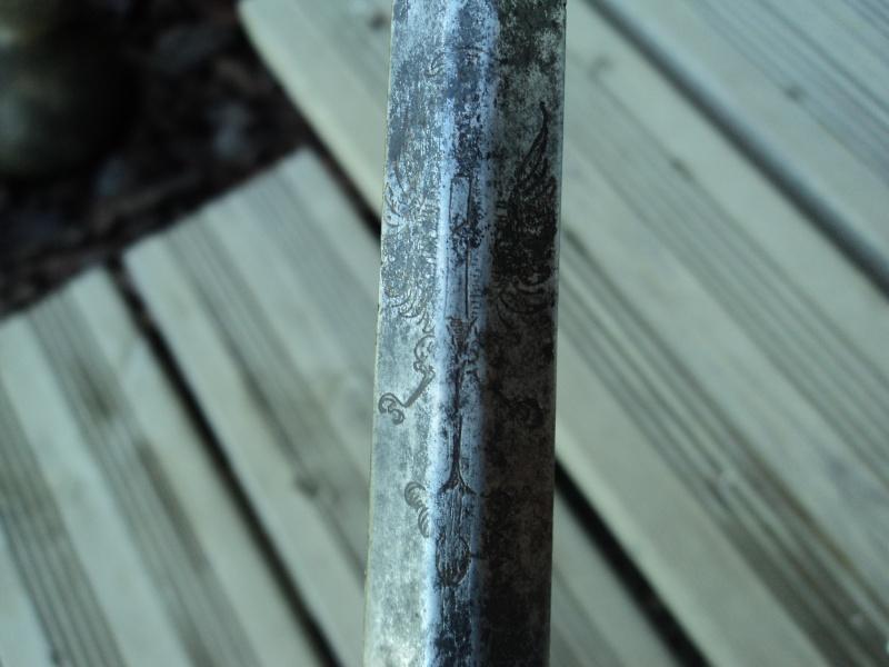 épée du XVIII siècle ?   Dsc03714