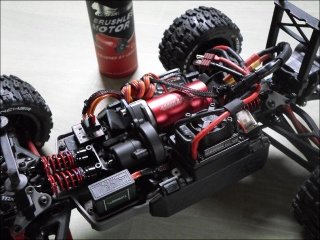 E-Revo's 1/16 Brushless 3S (380/540) - Page 13 1710