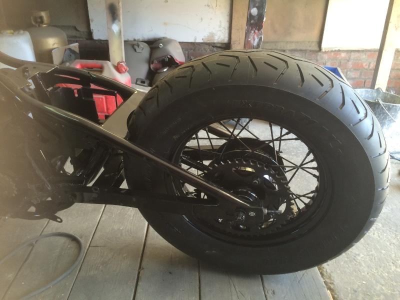 A VENDRE pneu ar 150/90 r15 de marque BRIDGESTONE EXEDRA MAX R Img_1310