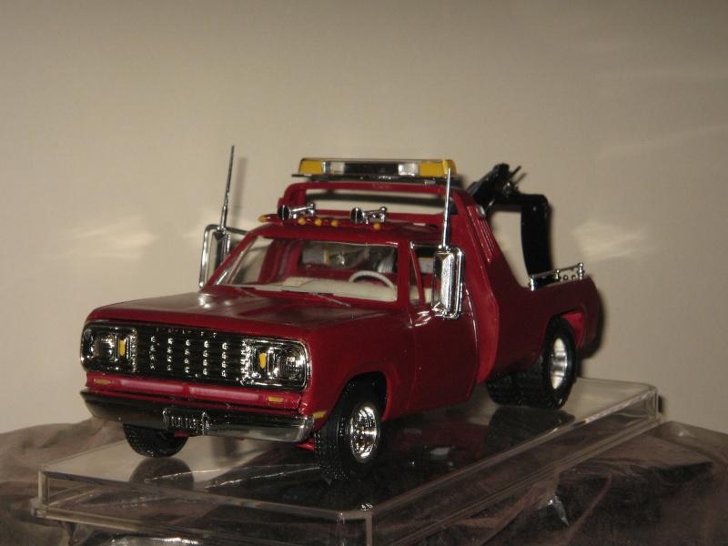 Mon towing en 1983       Dodge 1978  Dodge_10
