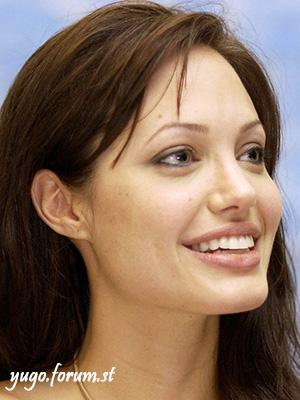 Angelina Jolie Angeli10