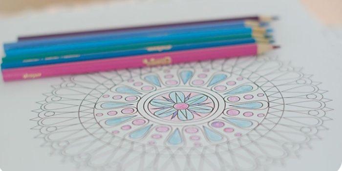 Selon les psychologues, le coloriage est la meilleure alternative à la méditation Ndlll-10