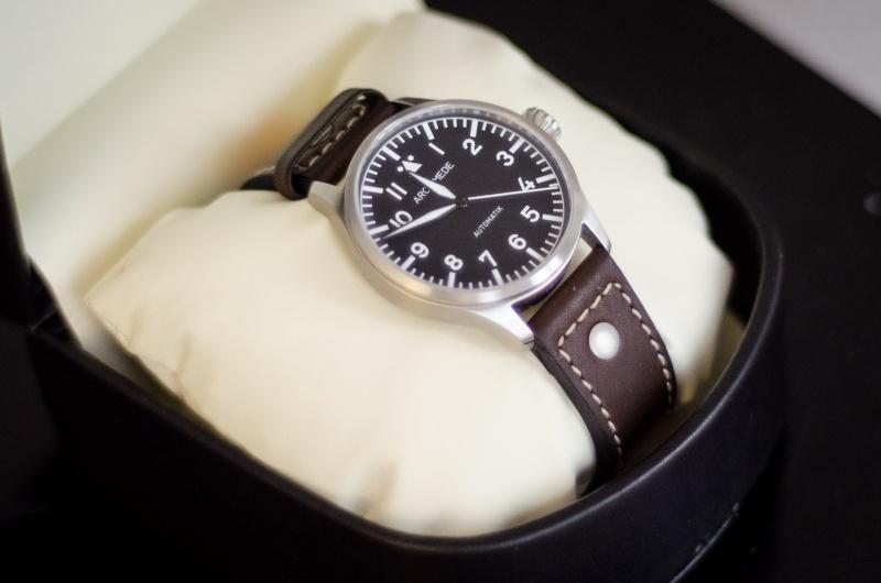 Première montre pour 30 ans < 1000 euros (Archimede ?) Dsc_7110