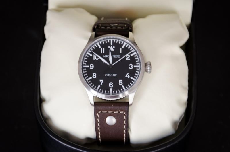 Première montre pour 30 ans < 1000 euros (Archimede ?) Dsc_7213