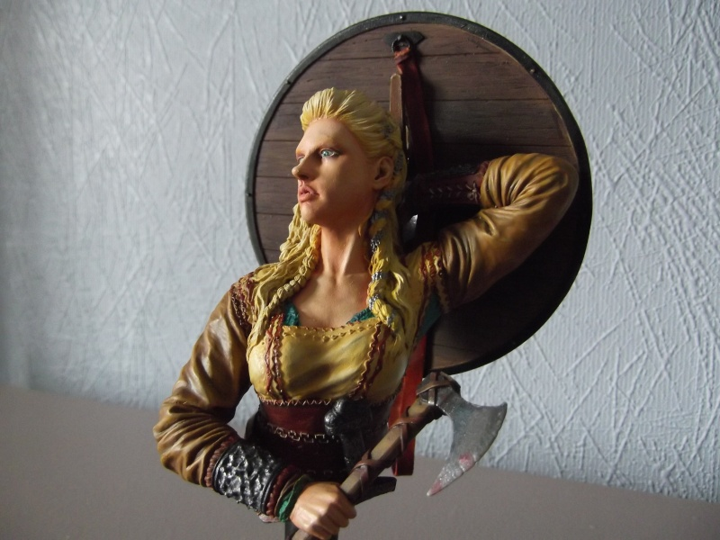 shieldmaiden the viking Figuri14