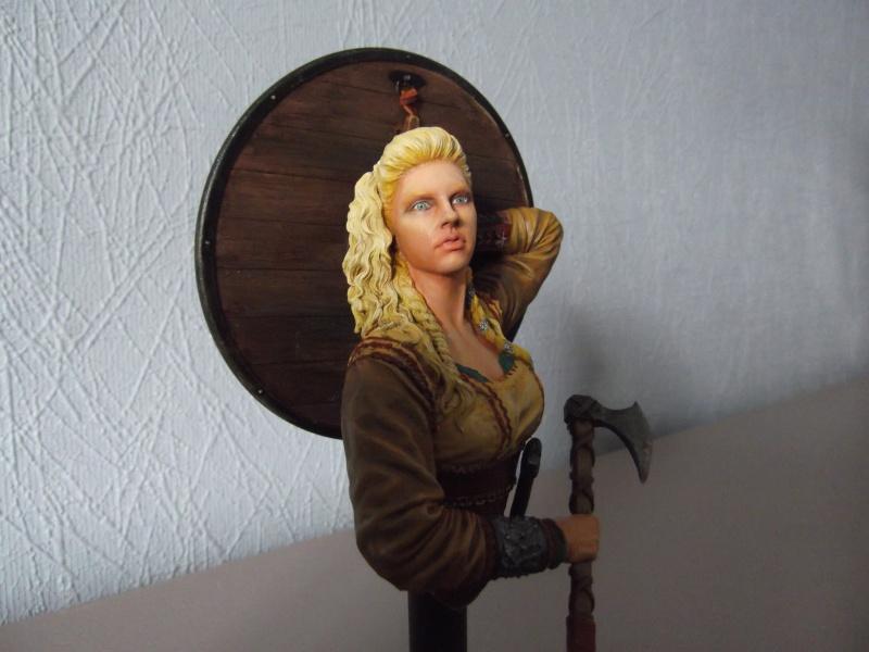 shieldmaiden the viking Figuri15