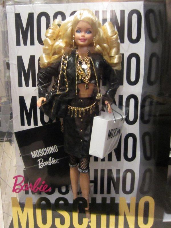 Barbie Moschino - Page 2 Img_0211