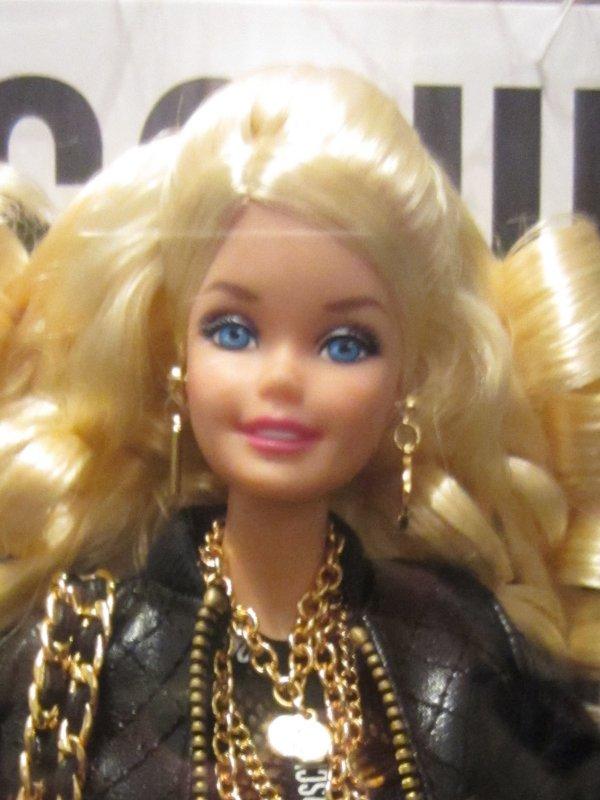 Barbie Moschino - Page 2 Img_0214