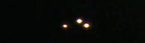 2010: le 15/11 à 18h10 - Ovni triangulaire volant -  Ovnis à moulle  - Pas-de-Calais (dép.62) Ufo10