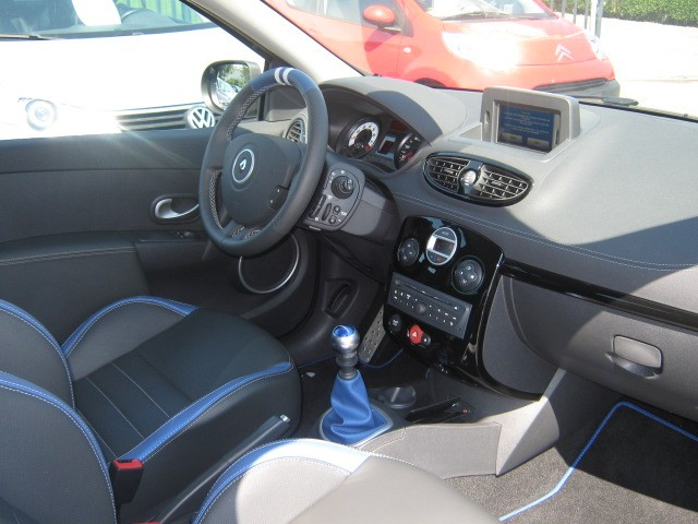 Clio 3 rs phase 2 Gordini 2.0 16v boite 6 203 chevaux din 12 chevaux fiscaux Clio_310