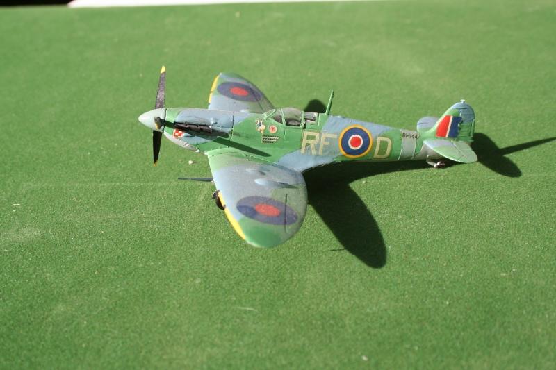 les Spitfire de Jean Jacques Img_5567