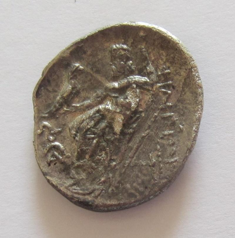 Comment différencier les rois Macédoniens ? Img_6613