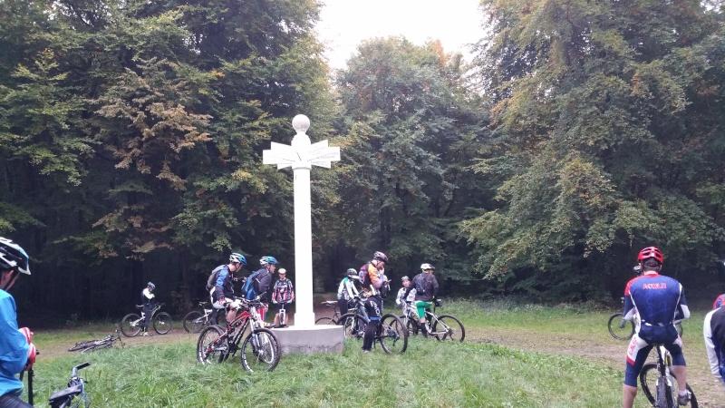 (60) Les brumes d'automne à La Croix St Ouen le 18-10-15 - Page 9 20151012