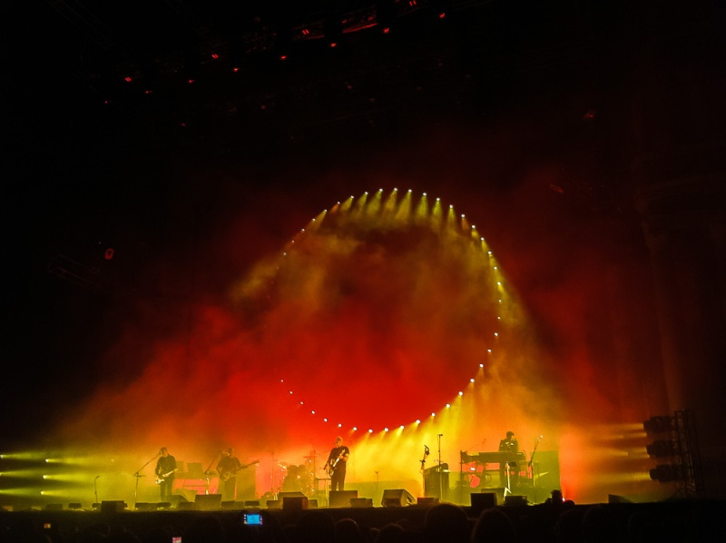 [SPOILER] Les PHOTOS et VIDEOS du concert d'Orange ! - Page 9 Gilm-012