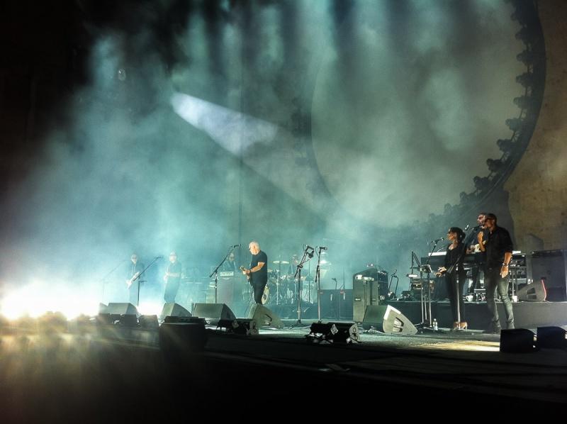 [SPOILER] Les PHOTOS et VIDEOS du concert d'Orange ! - Page 9 Gilm-014