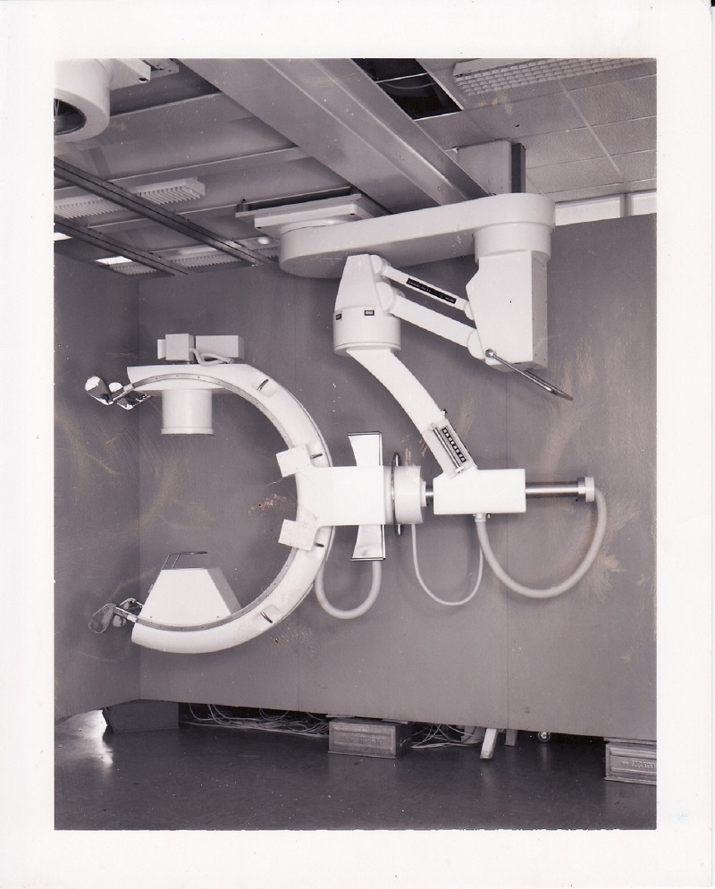 Röntgenuntersuchungsgerät (C-Bogen), Eigenkonstruktion, Maßstab 1:5 C-boge10