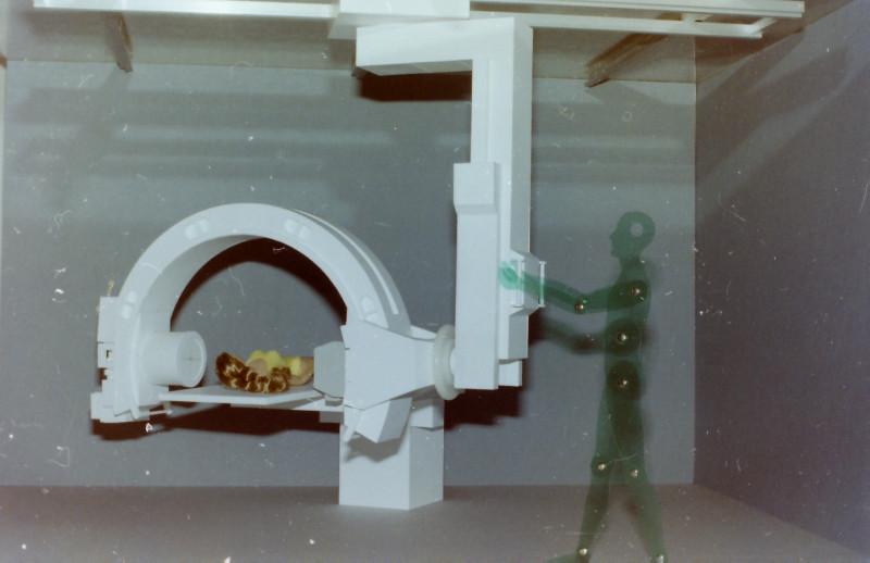 Röntgenuntersuchungsgerät (C-Bogen), Eigenkonstruktion, Maßstab 1:5 C-boge13