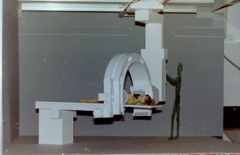 Röntgenuntersuchungsgerät (C-Bogen), Eigenkonstruktion, Maßstab 1:5 C-boge15