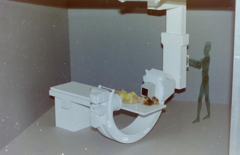 Röntgenuntersuchungsgerät (C-Bogen), Eigenkonstruktion, Maßstab 1:5 C-boge17