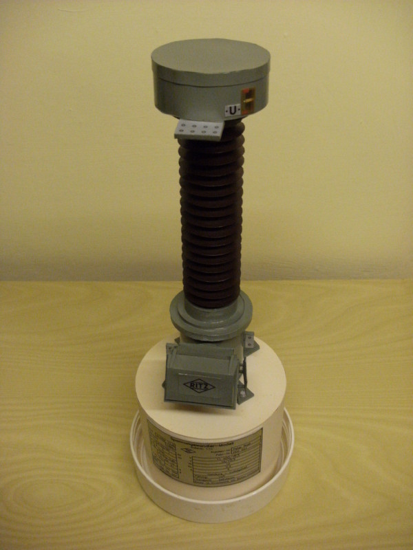 123kV-Spannungsmesswandler, Eigenkonstruktion, Maßstab 1:10 Messwa13