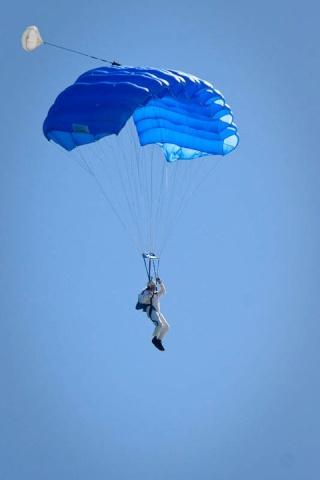 Baja Joe and Neil Hutchinson plan a LVC Charity Skydive Baja-j10
