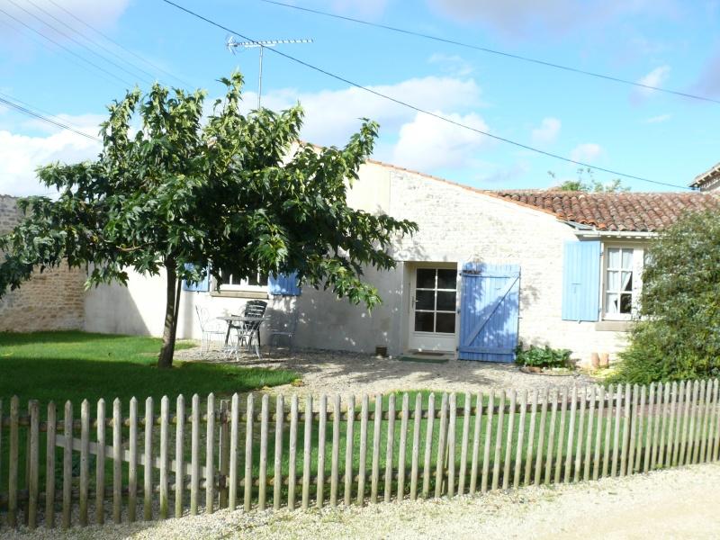 Gite Le Farfadet, piscine, sud vendée, marais poitevin, 85200 Montreuil (Vendée) Gite_l11