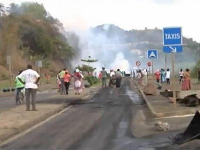 Blad - Blad : Quand la France lègue l'ile de la mort a la mort Mayott14