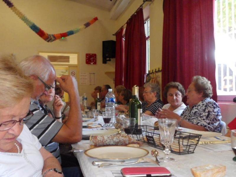 """repas de présentation des """"Charcuteries Brassac Diapos11"""