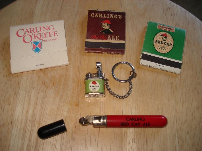 D'autres bouteilles de Red Cap et de Carling 01411