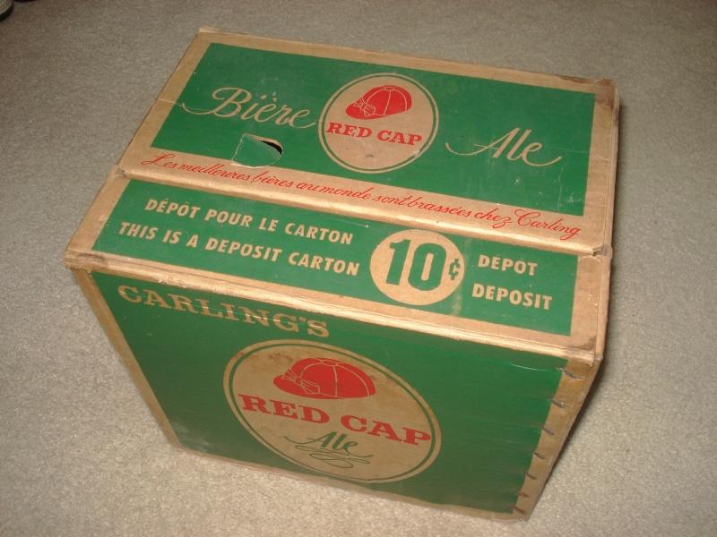 D'autres bouteilles de Red Cap et de Carling 02411