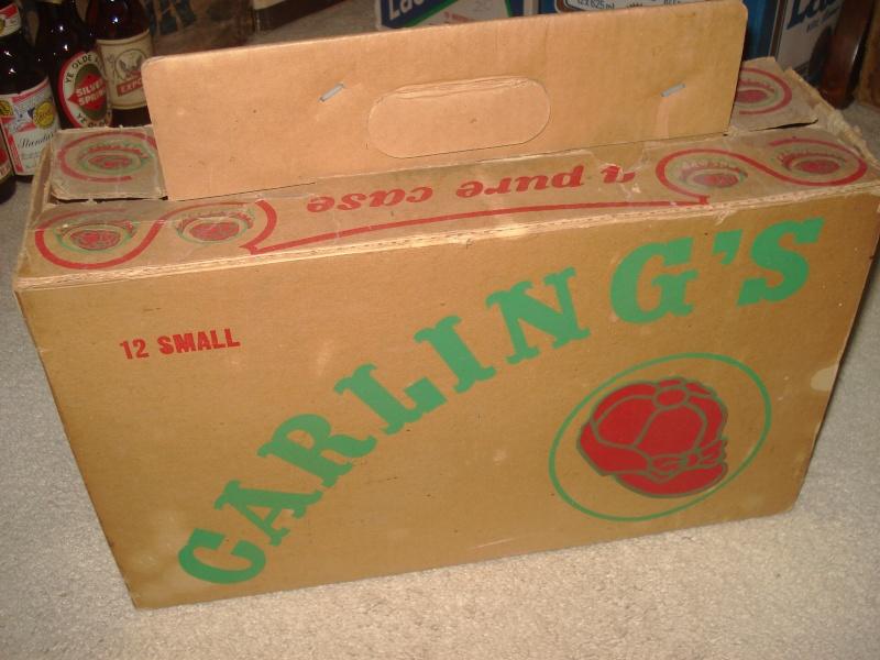 D'autres bouteilles de Red Cap et de Carling 02911