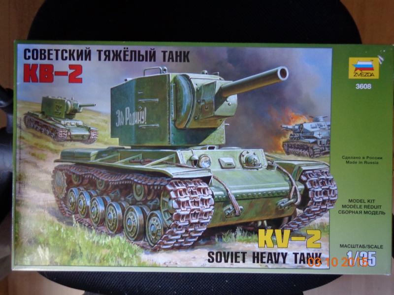 KV-2 soviet heavy tank Dsc01538