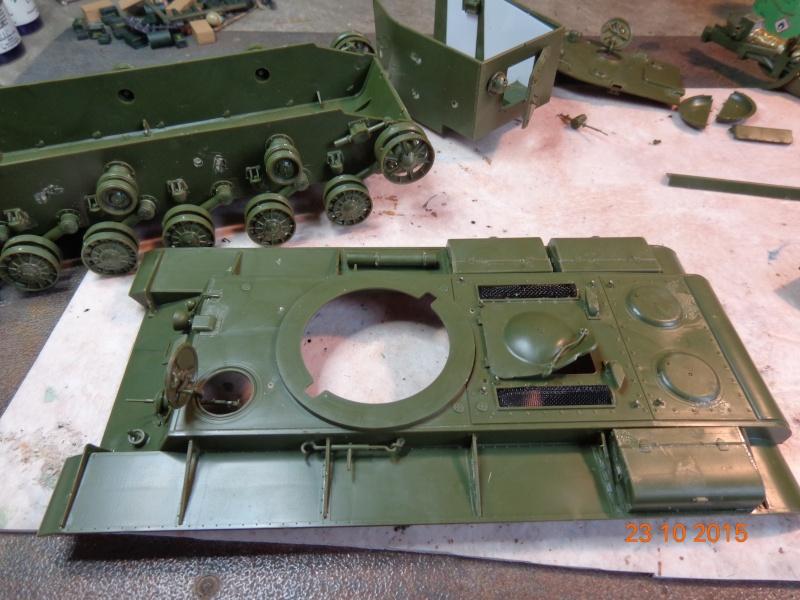 KV-2 soviet heavy tank Dsc01543