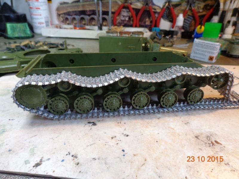 KV-2 soviet heavy tank Dsc01547