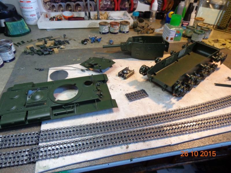 KV-2 soviet heavy tank Dsc01550
