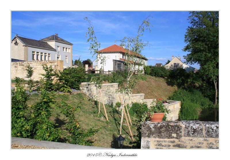Charbogne, et son château (Ferme fortifiée de Charbogne) - Page 2 Cadrer50