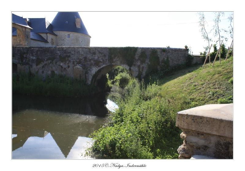Charbogne, et son château (Ferme fortifiée de Charbogne) - Page 2 Cadrer58