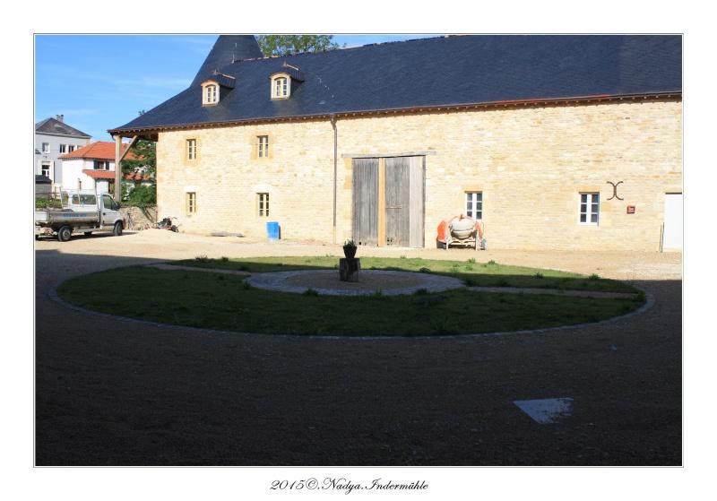 Charbogne, et son château (Ferme fortifiée de Charbogne) Cadrer68