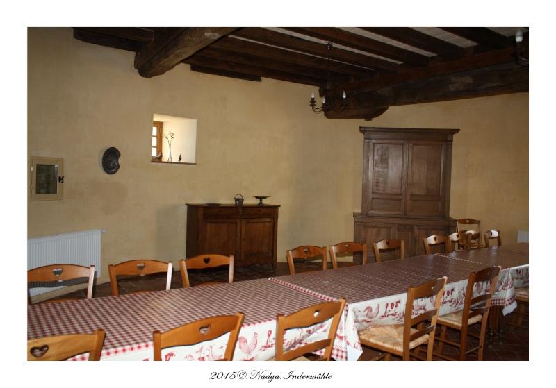Charbogne, et son château (Ferme fortifiée de Charbogne) Cadrer76
