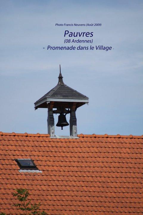 Pauvres, promenade dans le village, par Francis Neuvens Pauvre32