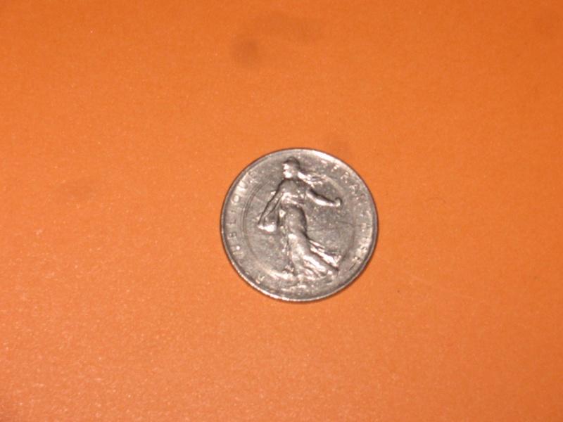 Pièce de FR Semeuse 1971 frappée d'un cercle Piece_11