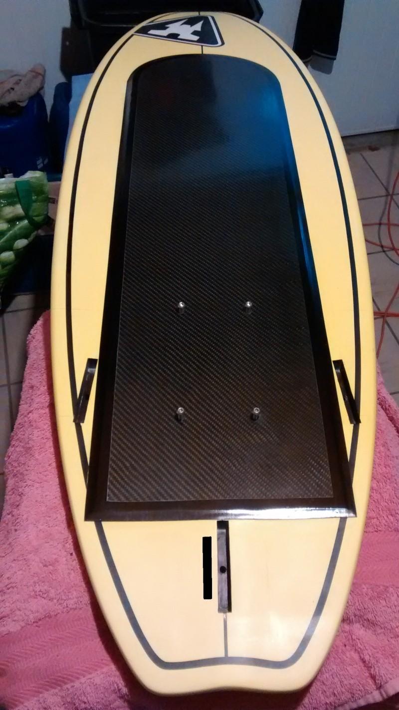 1 methode de renforts carbone / pose d'inserts sur surf Foil_033